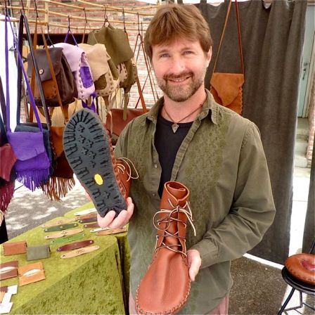 Dave Summers of Elf Mountain Leather, along with 50 local artisans, will be at the Lithia Artisans Christmas Faire this coming Thanksgiving Weekend, Nov. 23-25 at the Historic Ashland Armory, 208 Oak St. (corner of Oak and B).