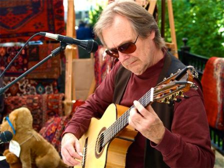 Martin Vee brings his unique guitar playing style to Lithia Artisans Christmas Faire, Saturday, Nov. 30 from 10-12 at the Historic Ashland Armory.