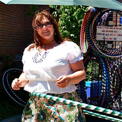 Mila Valenta of Full Moon Hula Hoops is the featured artisan of the week.