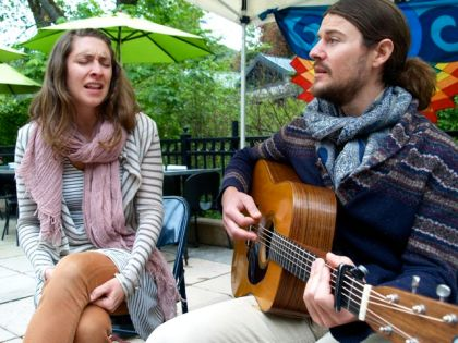 Hollis Peach, featuring Danny and Jacqui will play for us at the Lithia Artisans Market of Ashland. Sunday from 12-3pm.