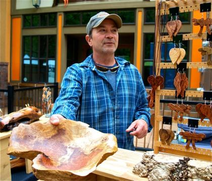Larry Shinerock creates awesome wood burl bowls and sells at the Lithia Artisans Market of Ashland, Oregon.