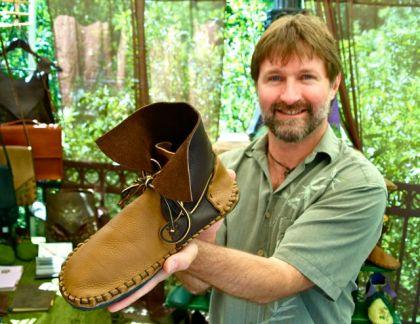 Dave Summers, The Leather Vine, Leatherwork, Lithia Artisans Market of Ashland, Oregon